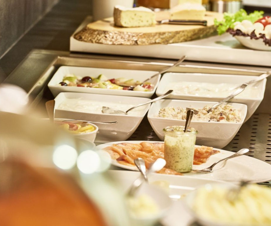 Restaurant Öffnungszeiten im Hofgut Farny