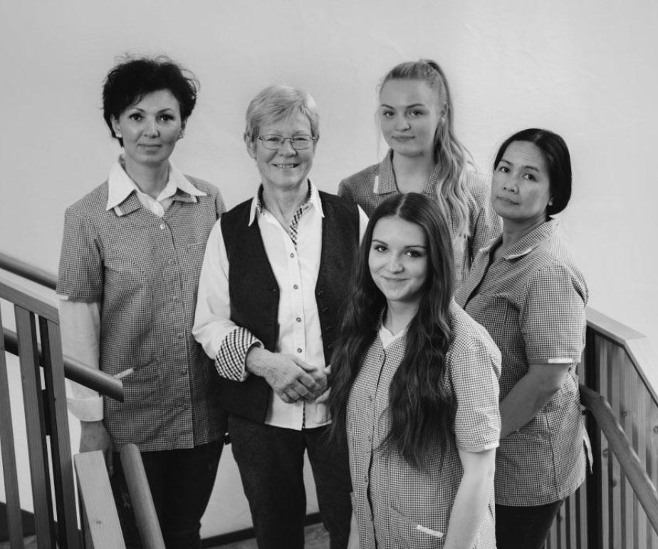 Das Housekeeping Team im Hotel Hofgut Farny