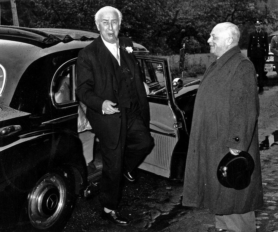 Geschichte - Oskar Farny begrüßt Bundespräsident Theodor Heuss