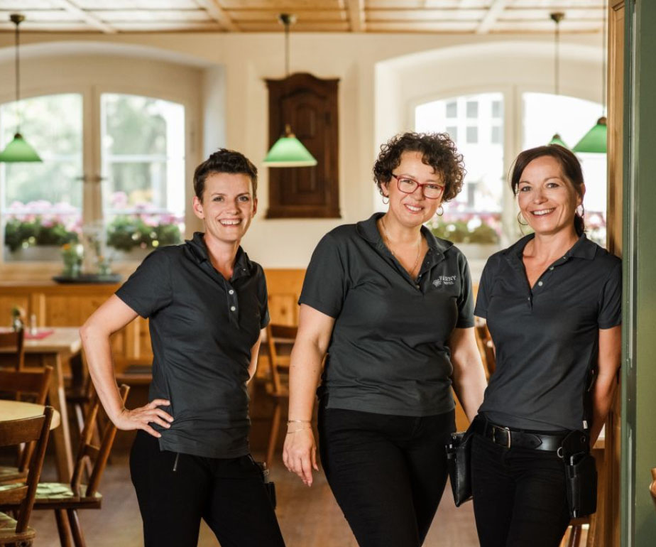 Das Restaurant Team im Hofgut Farny