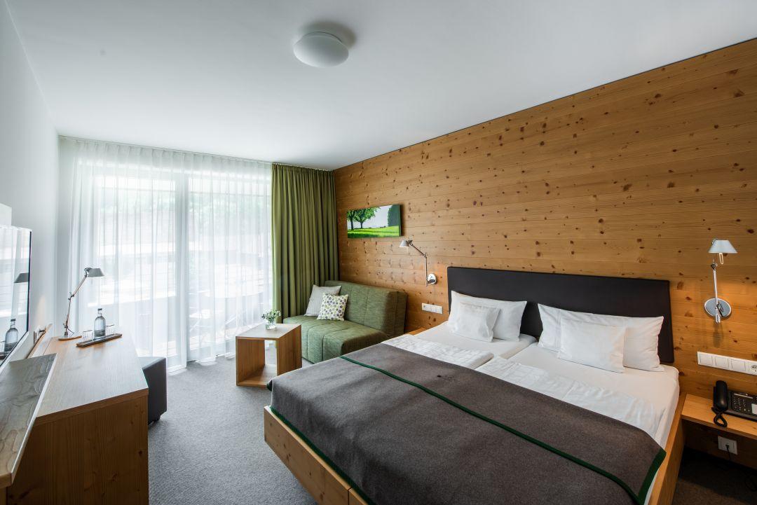Zimmer im Neubau - Hotel an der A96
